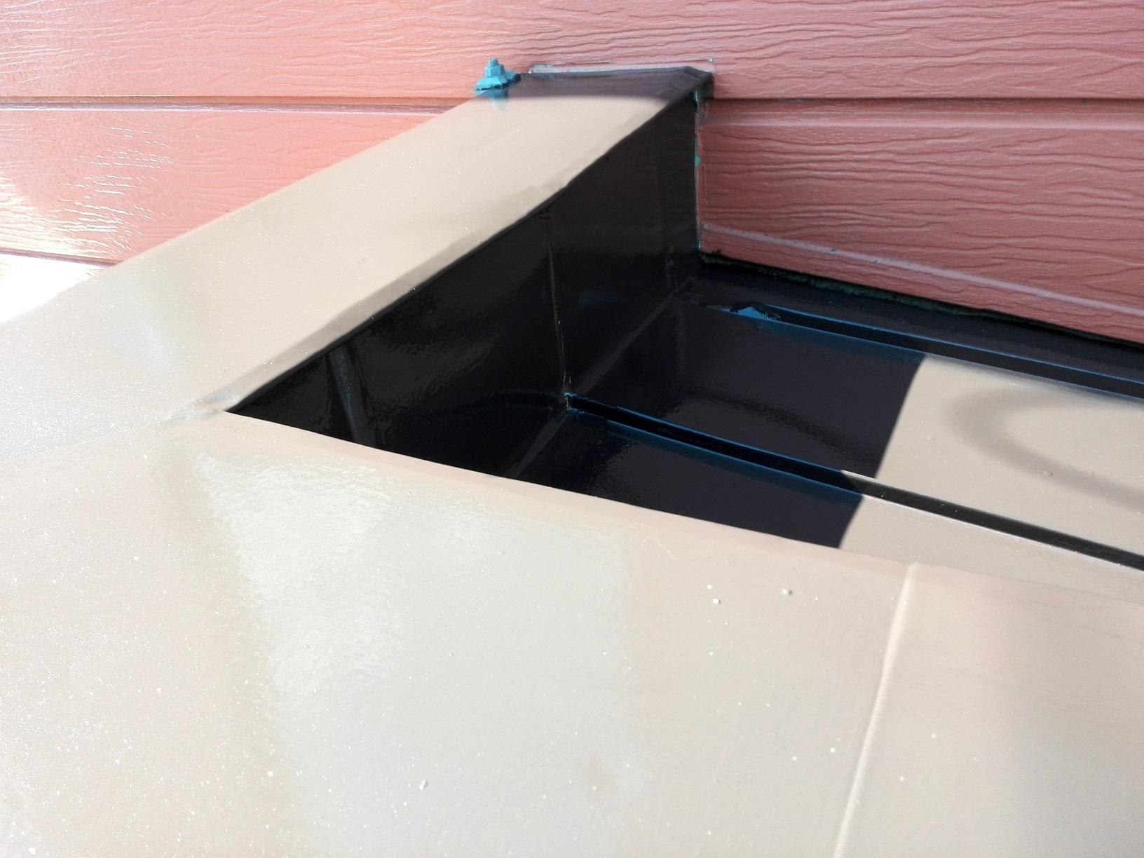 小屋根上塗り