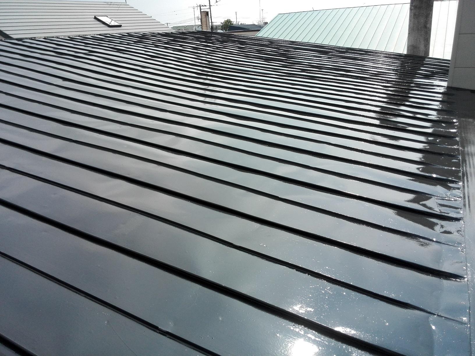 アパート 屋根・破風 上塗り1