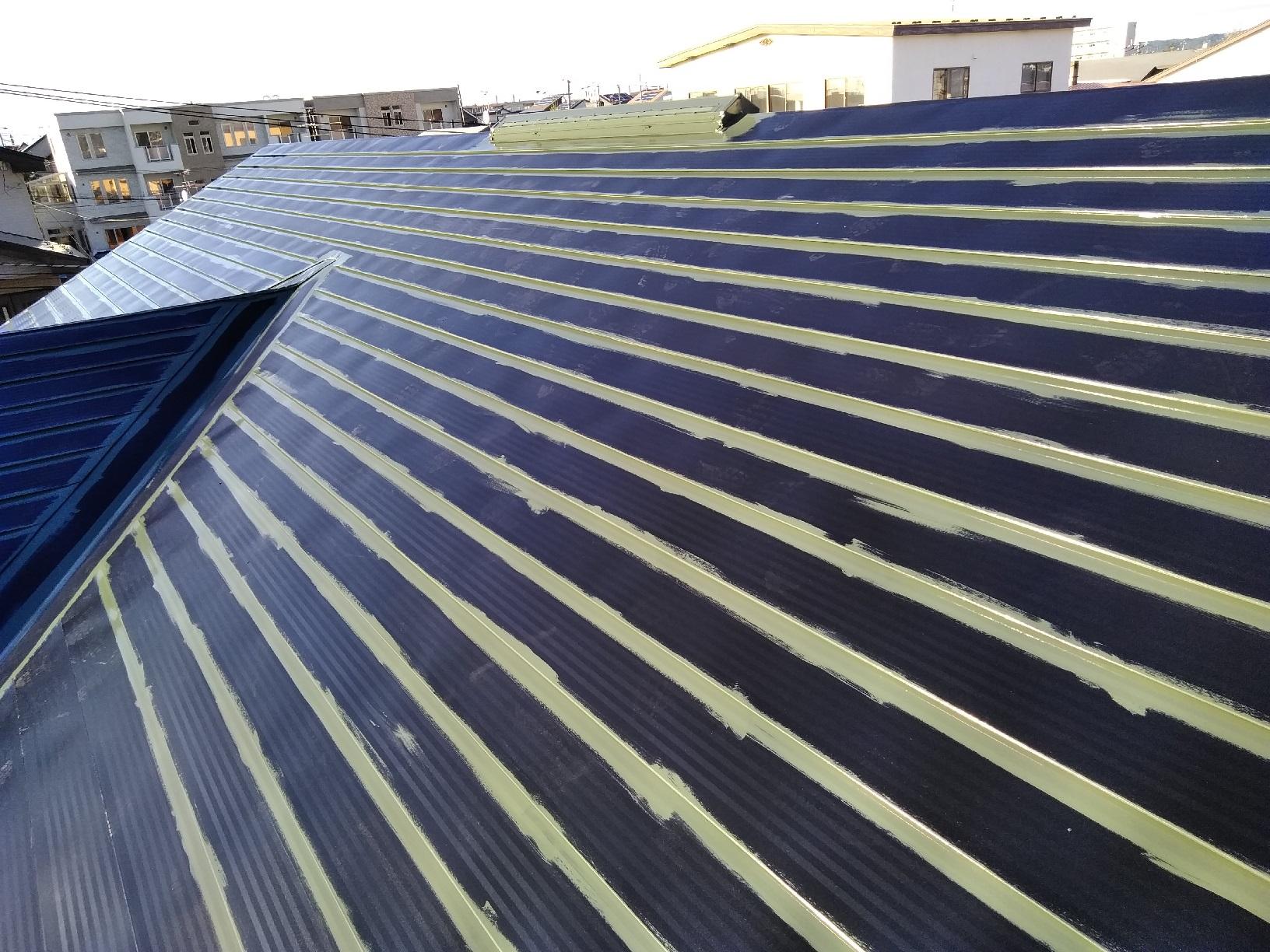 屋根・破風 上塗り1