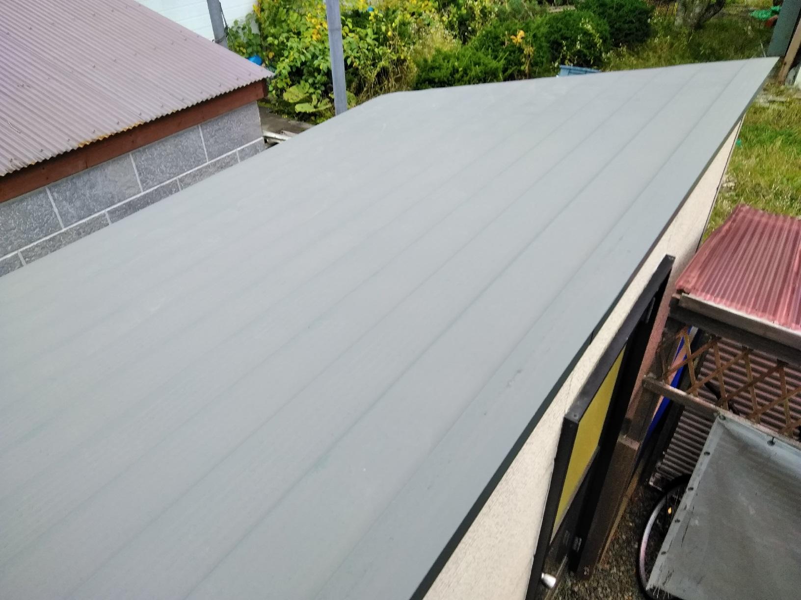 物置 屋根 塗装前