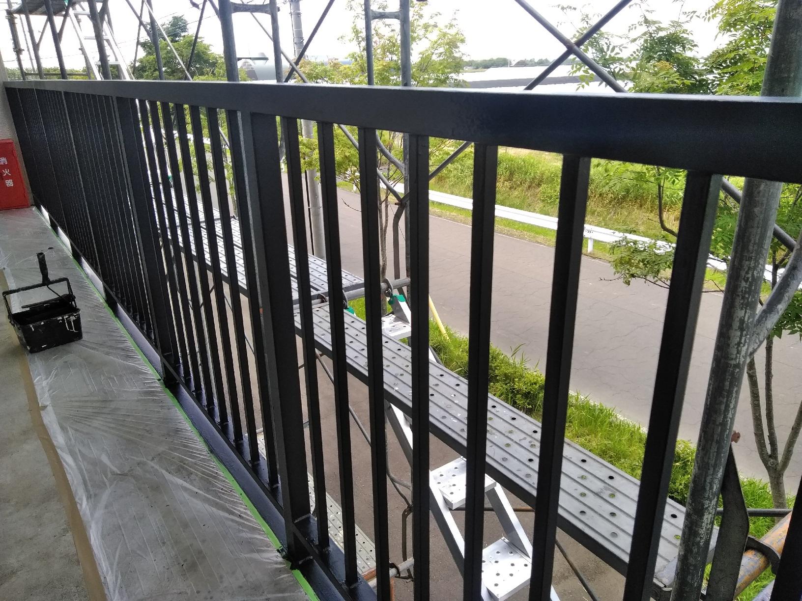 昭和トリビュート 鉄骨階段 下塗5