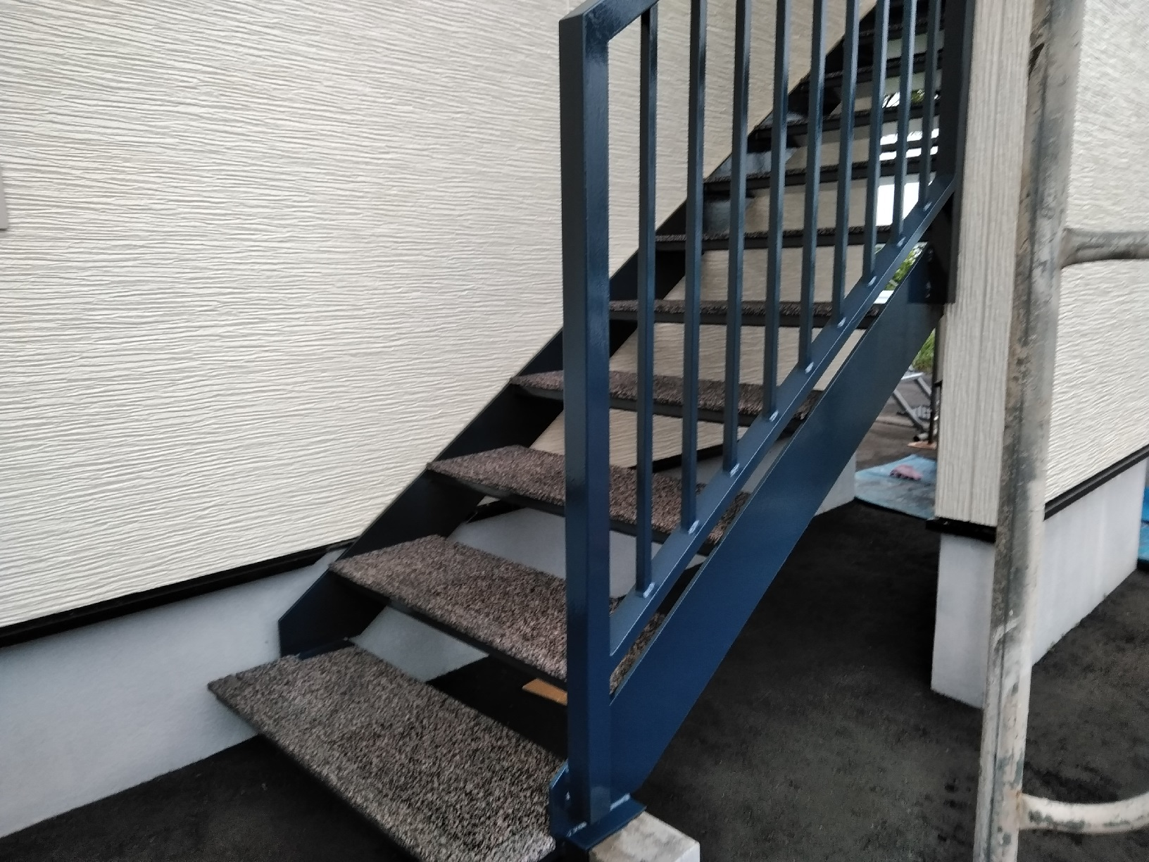 昭和トリビュート 鉄骨階段 上塗8