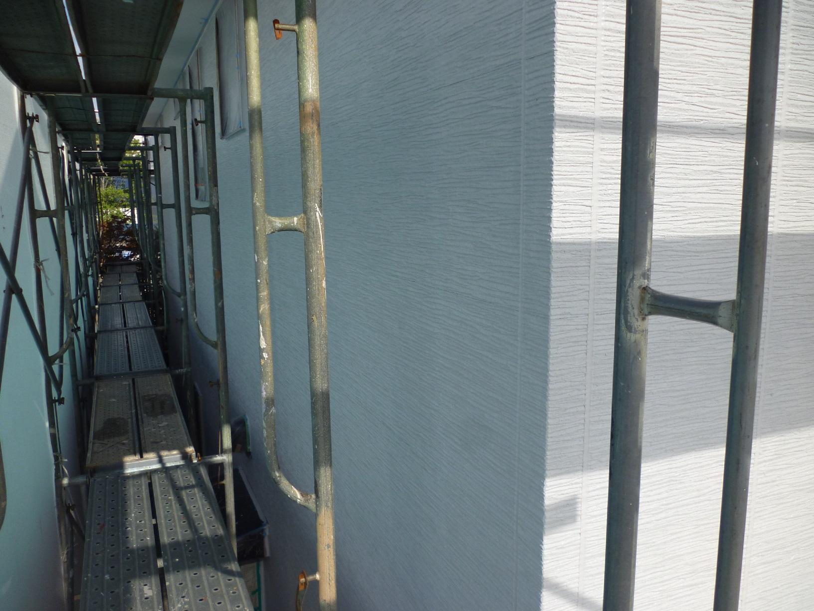 入舟H様邸 外壁 中塗A12