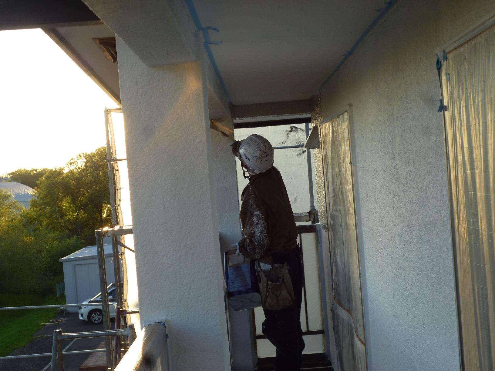 河畔S様邸 外壁 中塗3