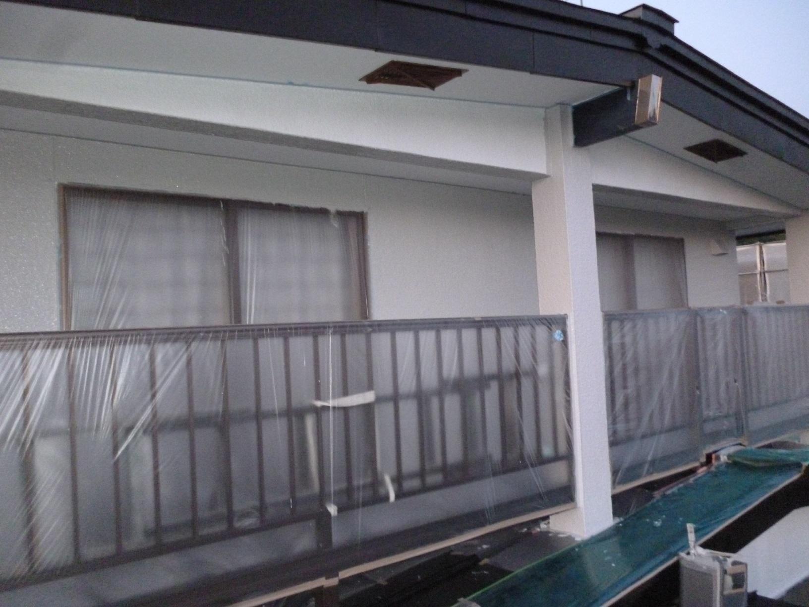 河畔S様邸 外壁 中塗4