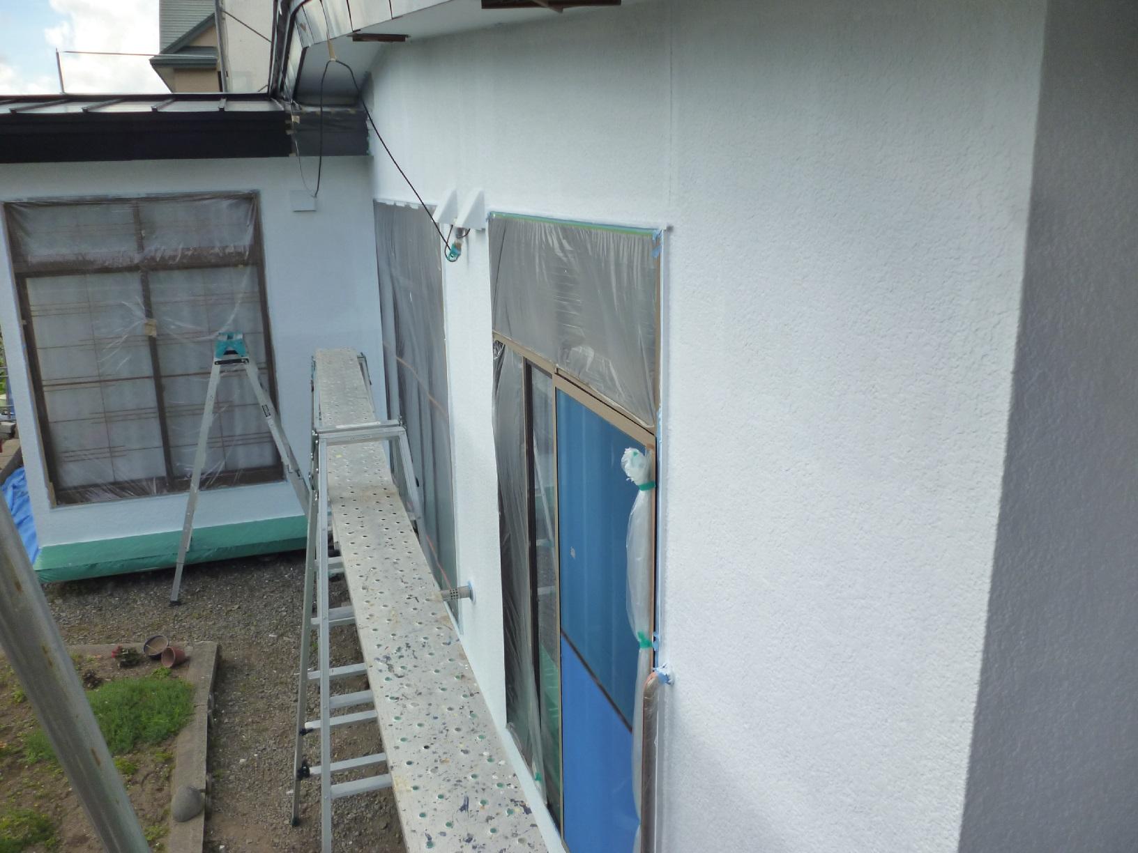 河畔S様邸 外壁 下塗9