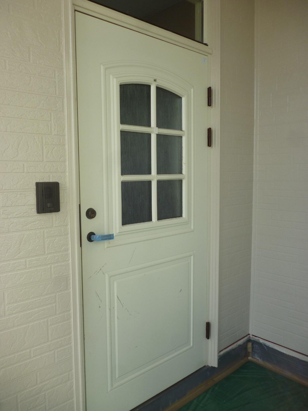 文苑N様邸 玄関ドア 下処理1