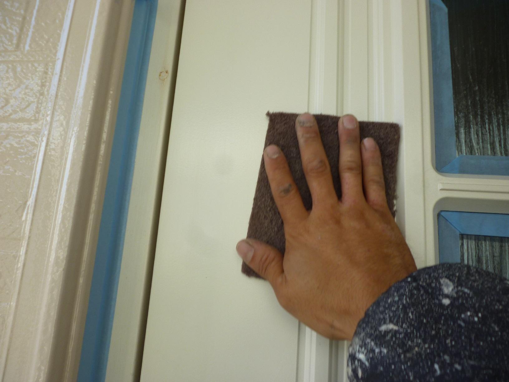 文苑N様邸 玄関ドア 下処理5