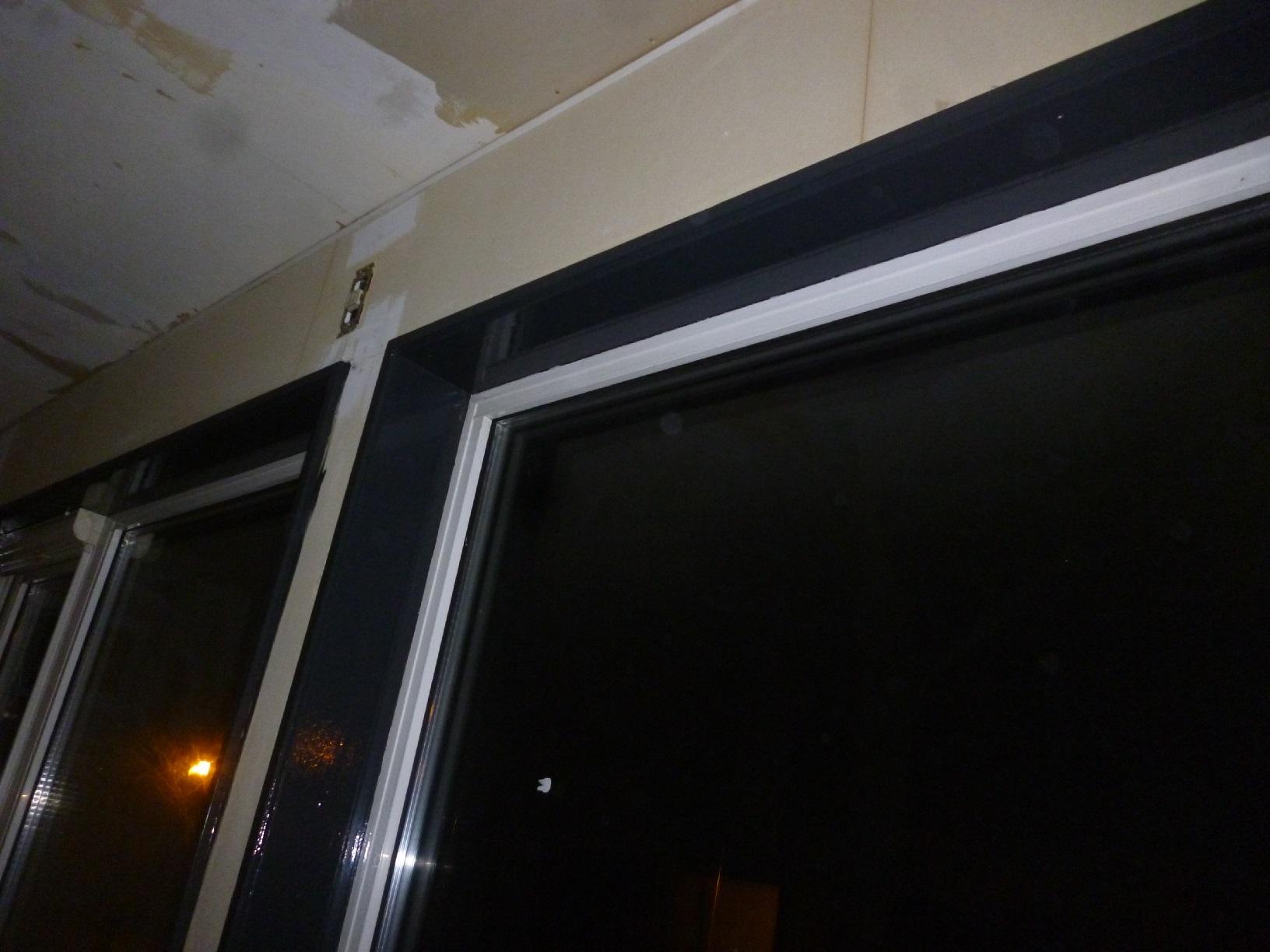 米町モンクール 窓枠 上塗8