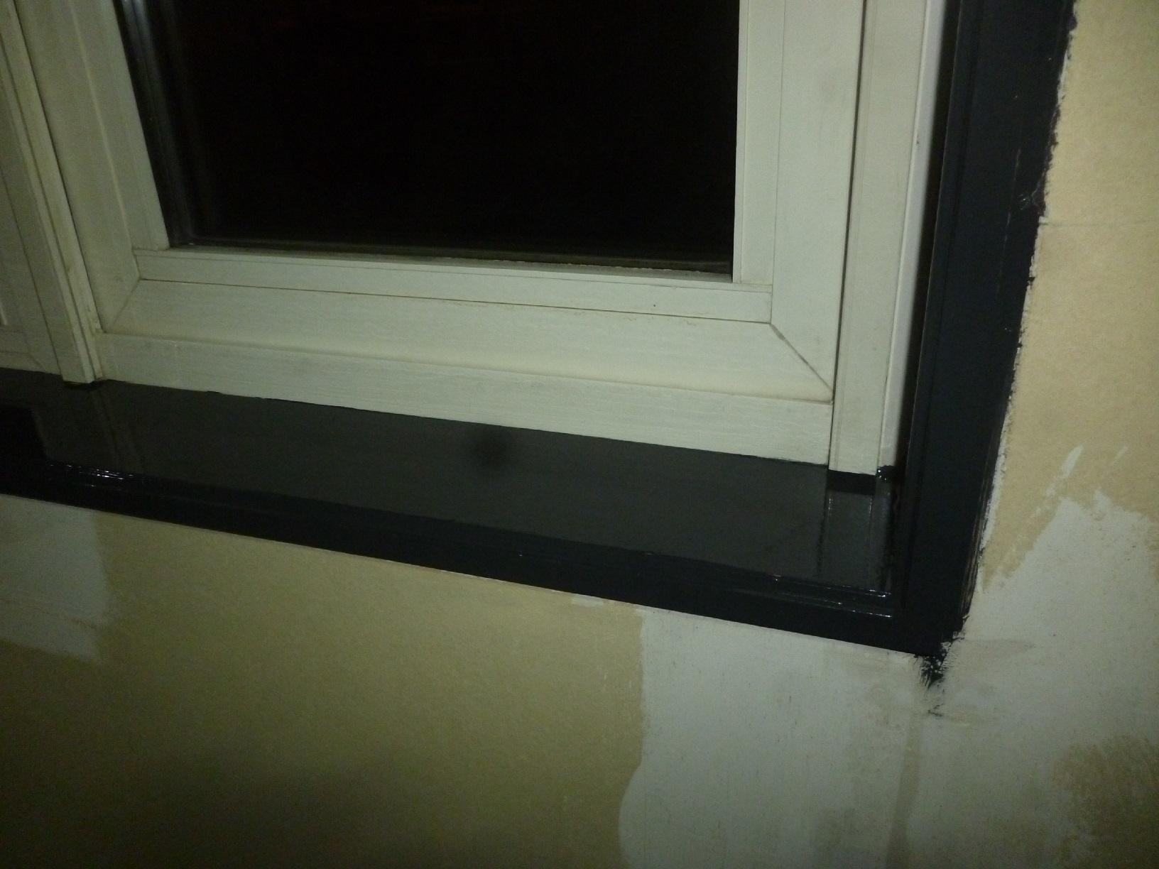 米町モンクール 窓枠 上塗9